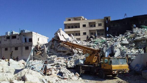 Dopo l'esplosione al deposito armamenti del gruppo terroristico Hayat Tahrir al-Sham a Idlib - Sputnik Italia