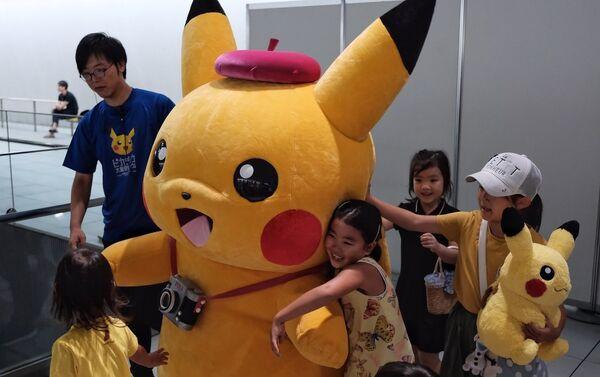 Festival dei Pikachu in Giappone - Sputnik Italia