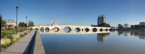 Taşköprü, il Ponte di Pietra ad Adana in Turchia - Sputnik Italia