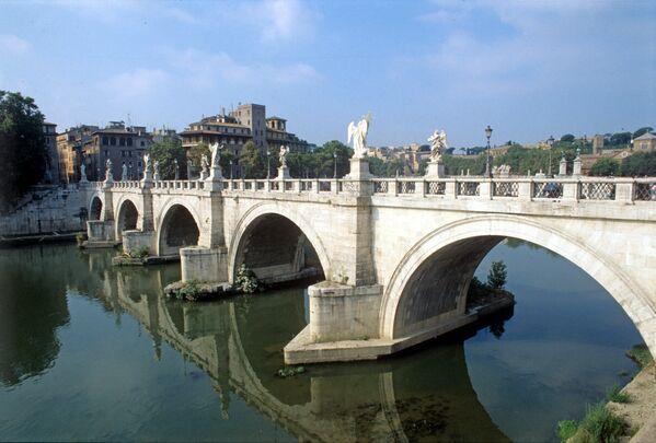 Ponte Sant'Angelo a Roma - Sputnik Italia