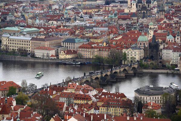 Karluv Most sul fiume Moldava a Praga - Sputnik Italia
