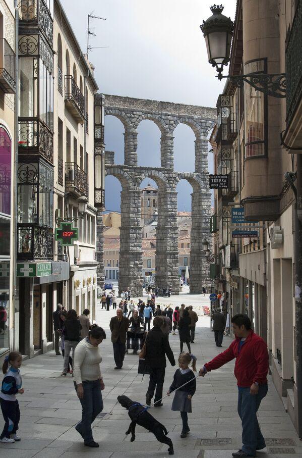 L'acquedotto romano di Segovia in Spagna - Sputnik Italia