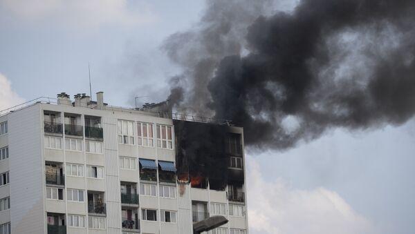 Incendio ad Aubervilliers - Sputnik Italia