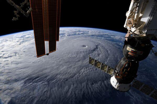 La veduta dell'uragano Lane sulle Hawaii. - Sputnik Italia