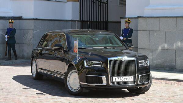 Aurus limousine of the President of the Russian Federation motorcade, part of the Cortege project  - Sputnik Italia