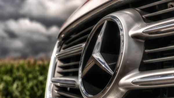 Mercedes - Sputnik Italia