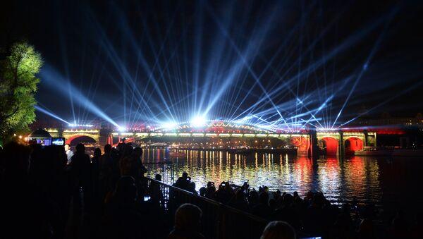 Il festival Circolo della luce a Mosca - Sputnik Italia