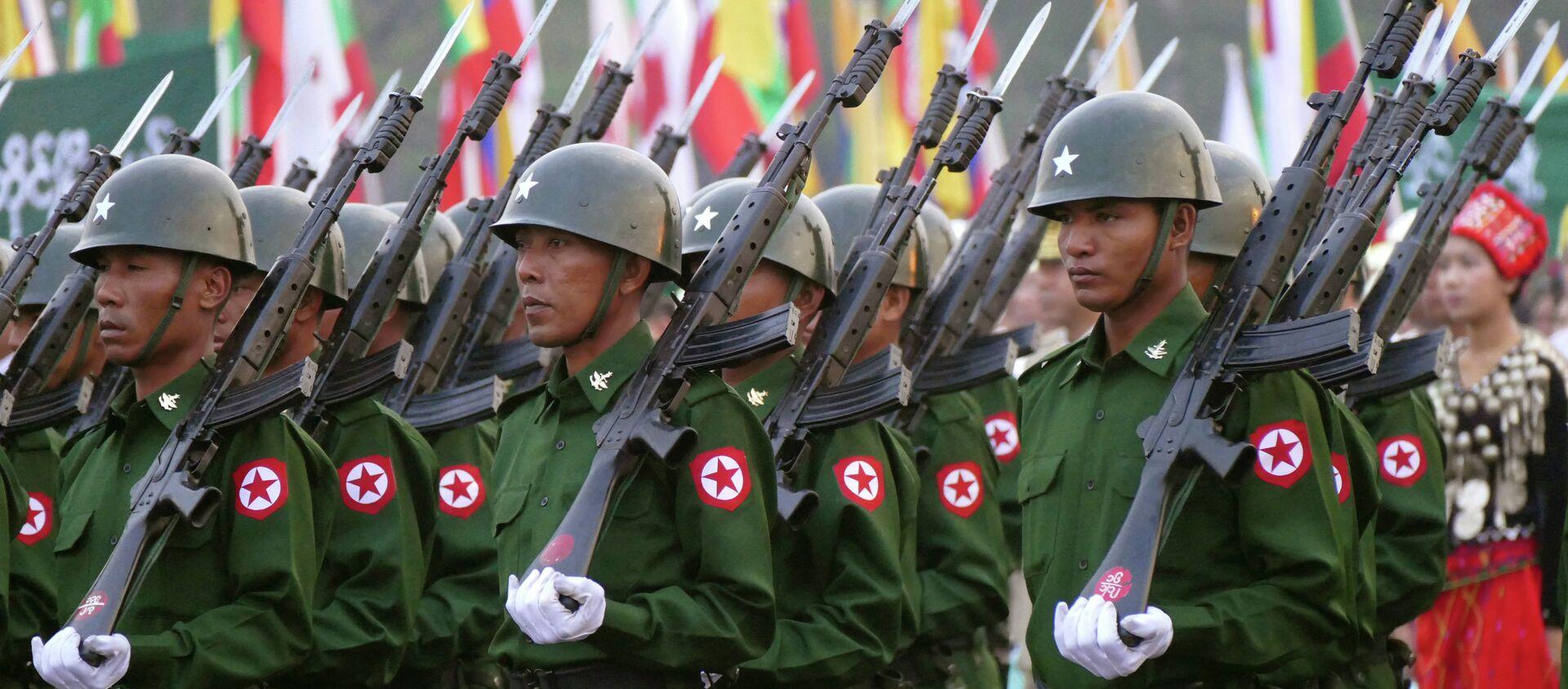 Myanmar soldiers - Sputnik Italia, 1920, 01.02.2021