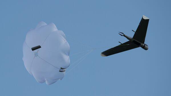 Un drone - Sputnik Italia