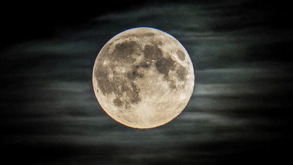 La Luna piena, Mosca - Sputnik Italia