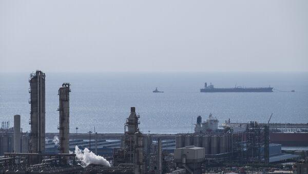Giacimento di gas in Iran - Sputnik Italia
