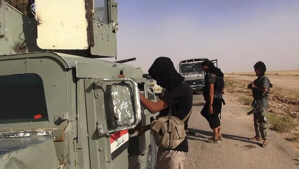 Combattenti ISIS - Sputnik Italia