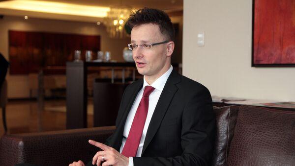 Глава МИД Венгрии Петер Сийярто - Sputnik Italia
