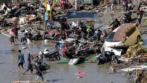 Il grave terremoto in Indonesia - Sputnik Italia