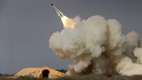 Lancio di un missile in Iran - Sputnik Italia
