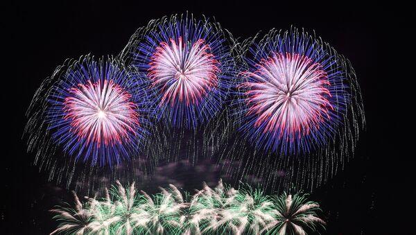Fuochi artificio prod. CIUVASCIA - Sputnik Italia