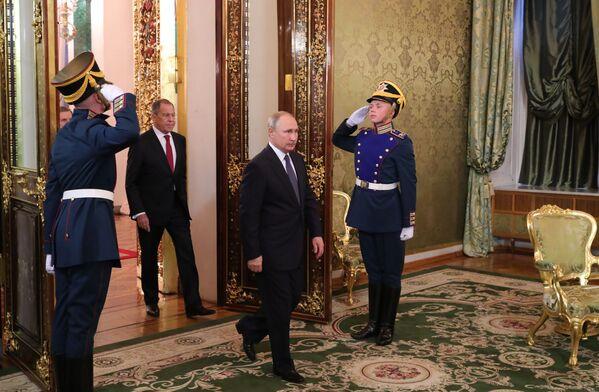 Il presidente russo Vladimir Putin durante il suo incontro con il primo ministro italiano Giuseppe Conte, Mosca. - Sputnik Italia
