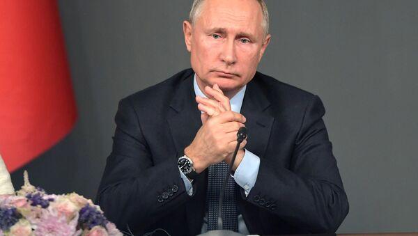 Vladimir Putin durante la sua visita in Turchia - Sputnik Italia