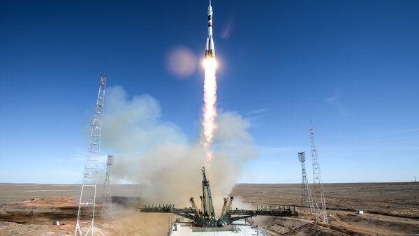 Il lancio della Soyuz-FG - Sputnik Italia