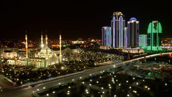 Grozny centro di notte - Cecenia - Sputnik Italia