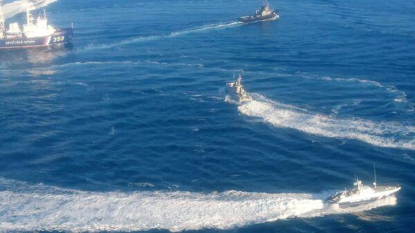 Le navi ucraine violano il confine russo - Sputnik Italia