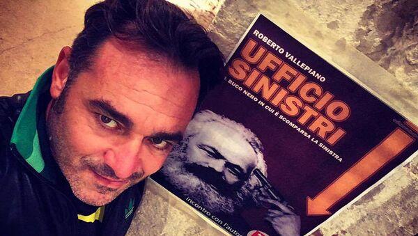 Roberto Vallepiano autore di 'Ufficio Sinistri: il buco nero in cui è scomparsa la sinistra' - Sputnik Italia