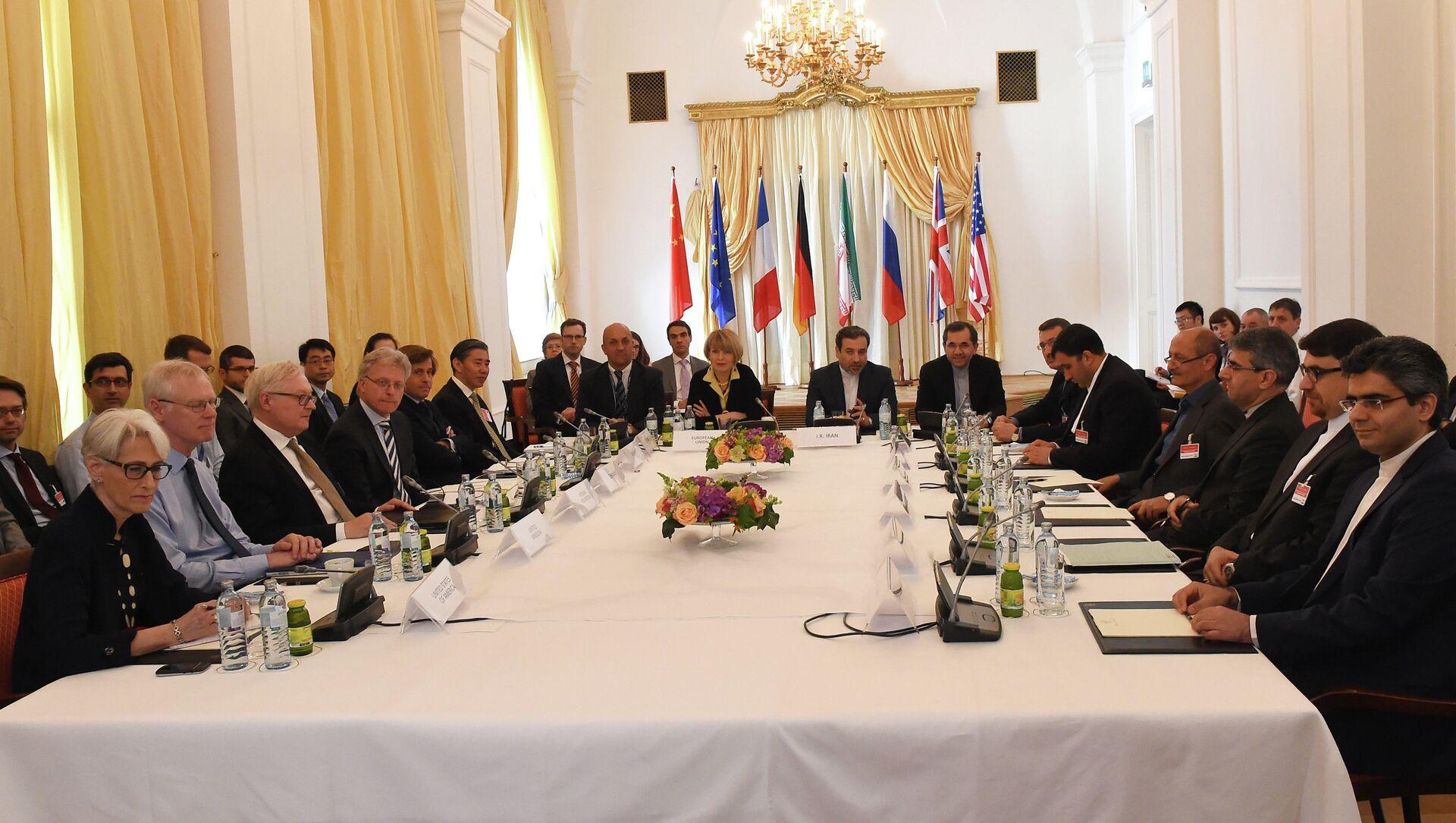 Trattative a Vienna sul programma nucleare dell'Iran - Sputnik Italia, 1920, 10.04.2021