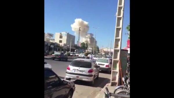 Esplosione autobomba vicino al quartier generale della polizia di Chabahar, Iran - Sputnik Italia