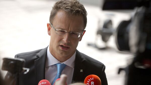 Ministro Esteri dell'Ungheria Péter Szijjártó - Sputnik Italia