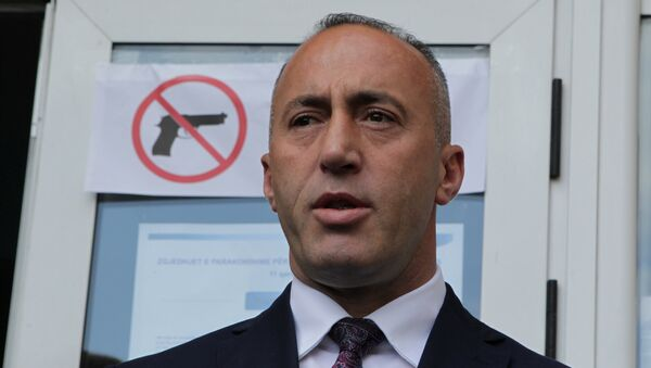 Ramush Haradinaj, candidate for Prime Minister, of the coalition of the former Kosovo Liberation Army (KLA) commanders AAK, PDK and NISMA speaks before the press during the Parliamentary elections in Pristina, Kosovo June 11, 2017.  - Sputnik Italia