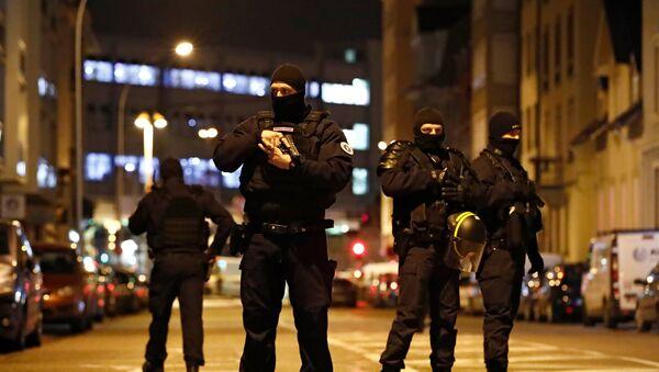 Caccia al terrorista di Strasburgo Cherif Chekatt - Sputnik Italia