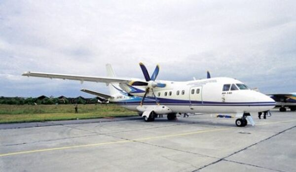 Antonov An-140 - Sputnik Italia