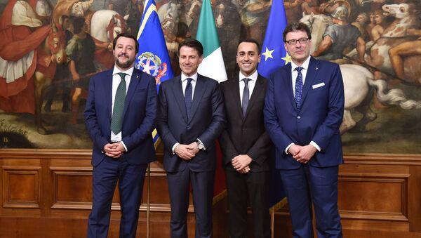 Matteo Salvini, Giuseppe Conte, Luigi Di Maio, Giancarlo Giorgetti - Sputnik Italia