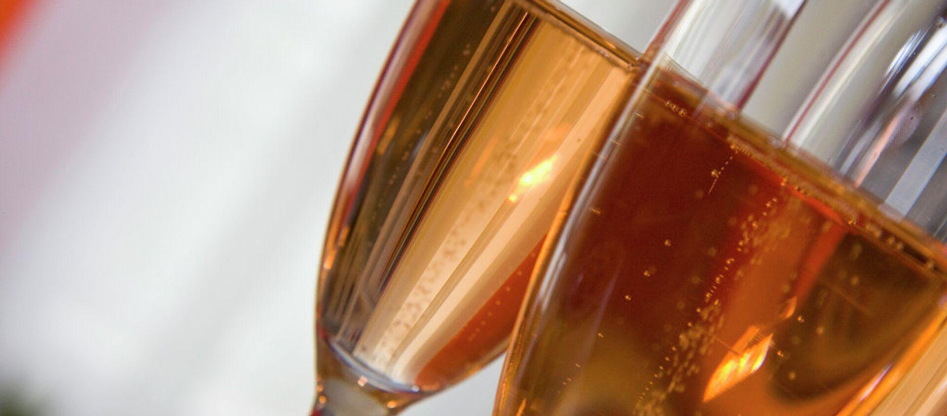 Шампанское - Sputnik Italia, 1920, 13.02.2021