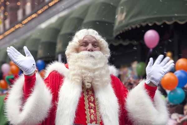 Babbo Natale e i suoi fratelli da tutto il mondo. - Sputnik Italia