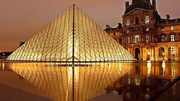 Museo del Louvre - Sputnik Italia