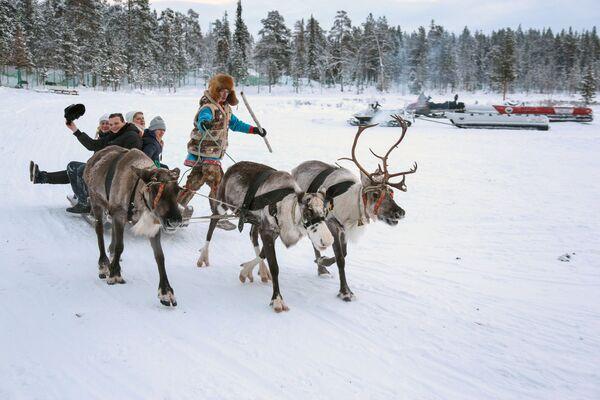 Villaggio dei sami nella regione di Murmansk. - Sputnik Italia