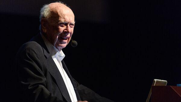 Il premio Nobel James Watson - Sputnik Italia