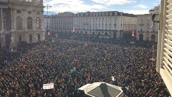 La manifestazione a favore della TAV di Torino del 12 gennaio - Sputnik Italia