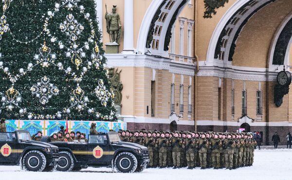 Le prove della parata per i 75 anni dalla liberazione di Leningrado - Sputnik Italia