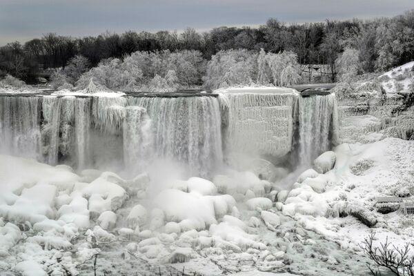Cascate del Niagara si congelano. - Sputnik Italia
