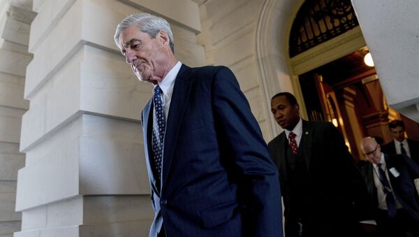 Former FBI Director Robert Mueller, the special counsel probing Russian interference in the 2016 election, departs Capitol Hill following a closed door meeting in Washington. (File) - Sputnik Italia