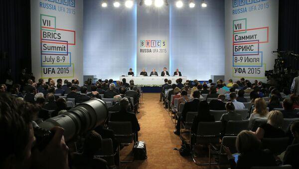 Подписание совместных документов по итогам встречи лидеров БРИКС - Sputnik Italia