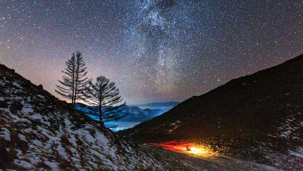 La Via Lattea dalla valle del fiume Anga, affluente del Bajkal - Sputnik Italia