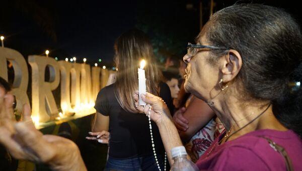 Gli abitanti di Brumadinho pregano per i morti e dispersi in seguito del crollo della diga - Sputnik Italia
