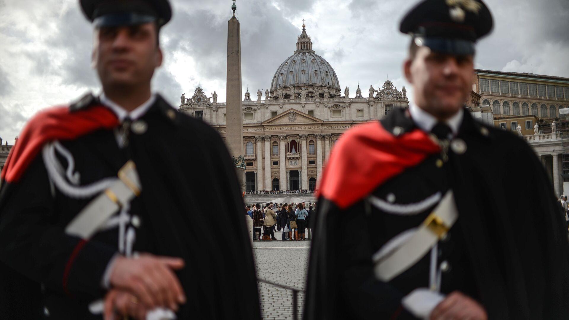 Carabinieri alla Piazza San Pietro - Sputnik Italia, 1920, 22.06.2021