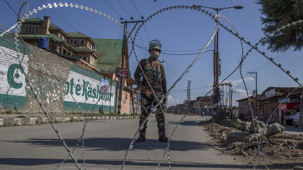 Militare indiano in Kashmir - Sputnik Italia