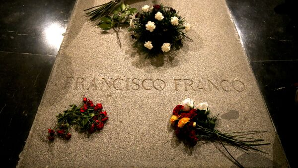 La tomba di Francisco Franco - Sputnik Italia