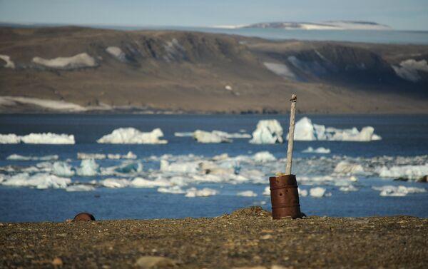 Stazione meteo abbandonata sull'isola nord - Sputnik Italia