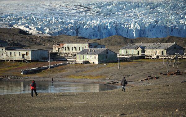 Stazione meteo abbandonata nel parco 'Russkaya Arktika' - Sputnik Italia